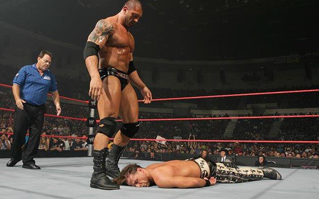Stretcher Match: Batista defeats Shawn Michaels   WWE