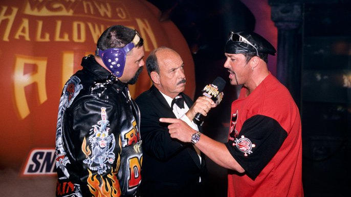 Buff Bagwell teamed with Rick Steiner to battle The Giant and Big Poppa Pump.