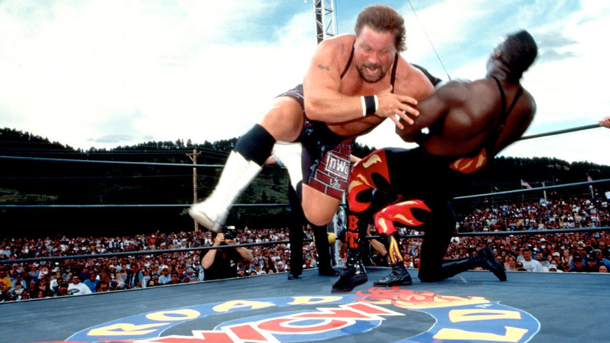 A Collective Review of WCW Road Wild 1997 (Luger vs. Hogan, Savage vs.  Giant) by Lance Augustine - TJRWrestling - WWE, AEW News, TV Reviews, PPVs,  More!