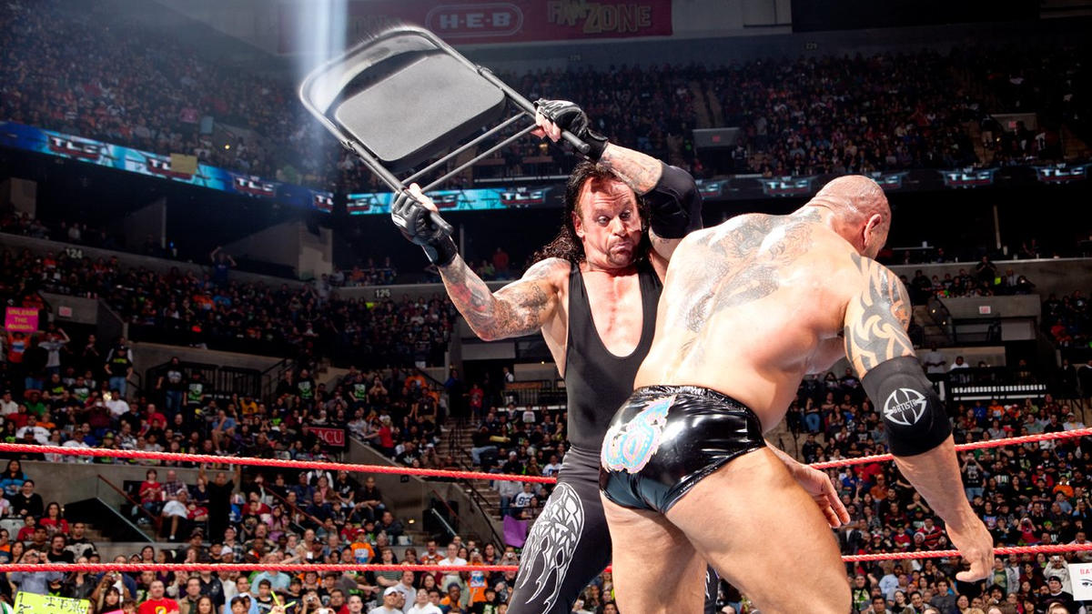 Resultado de imagem para The Undertaker vs. Batista - TLC 2009