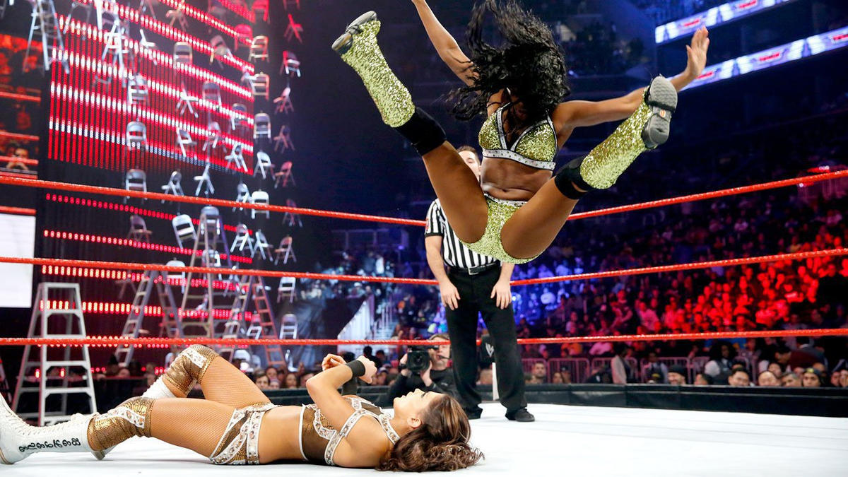 Showcasing her incredible athleticism, Naomi takes the fight to Eve and looks good doing it.