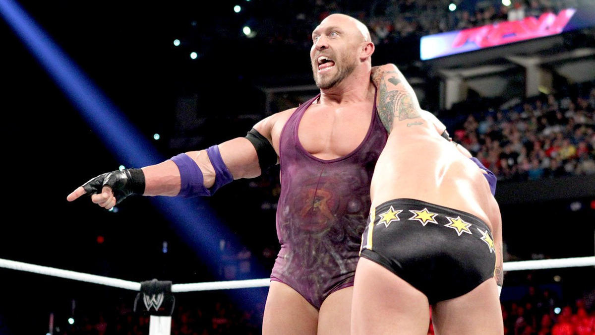 Ryback vs. CM Punk - WWE Championship TLC Match: photos | WWE