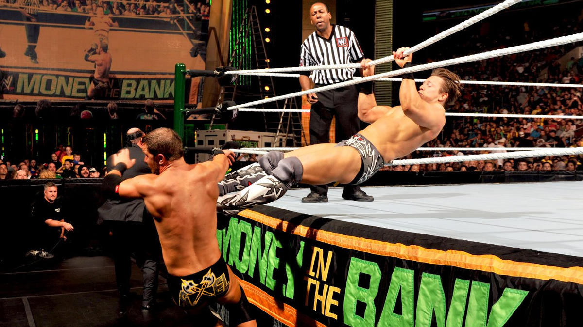 Miz doesn't give his opponent time to regroup.