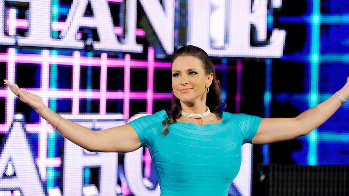 Revealed: When Stephanie McMahon's Contract As A WWE Talent Ends? 2