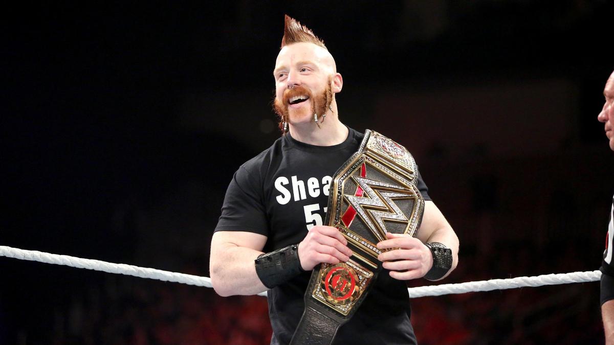 [Chronique] Les 50 champions de la WWE de l'histoire en classement 158_RAW_11302015rf_1466-2953454800