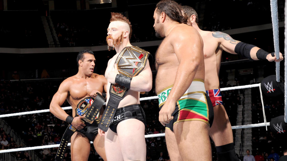 Roman Reigns Dean Ambrose The Usos Vs The League Of Nations Photos Wwe
