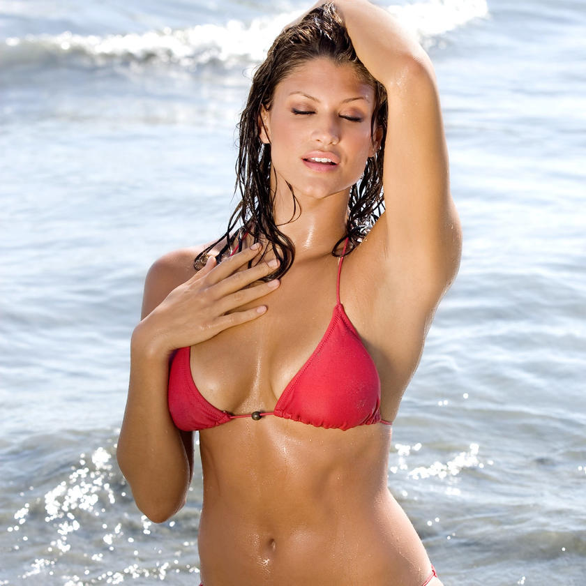 Hottest divas never before seen bikini pics for Hottest wwe diva