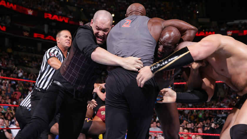 WWE Raw: July 9, 2018 | WWE