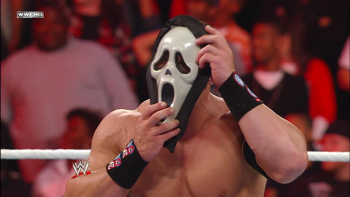 A horror movie icon attacks John Cena: Raw, Oct. 31, 2011 - WWEA horror movie icon attacks John Cena: Raw, Oct. 31, 2011 - 웹