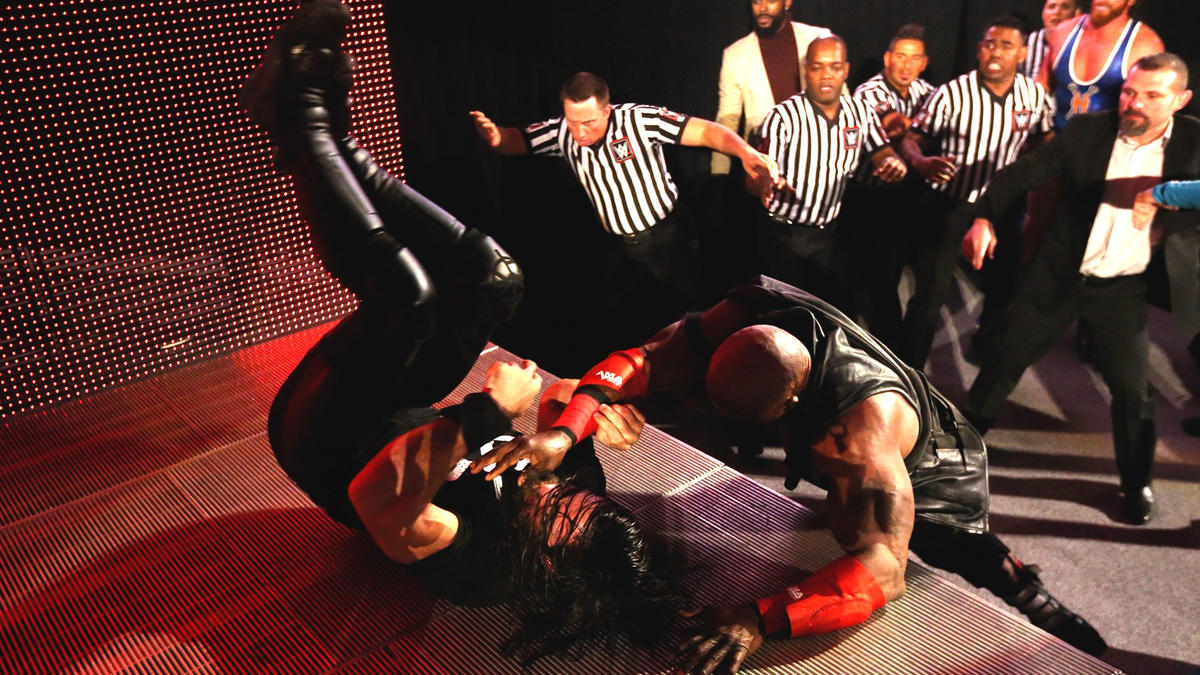 Seth Rollins And Bobby Lashley Brawl As Raw Comes On The Air Raw