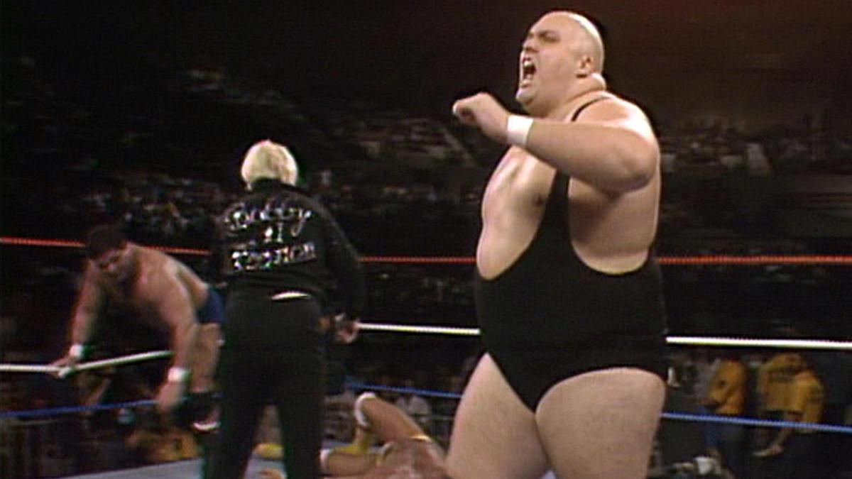 King Kong Bundy crushes Hulk Hogan: Saturday Night's Main Event, March 1,  1986 | WWE