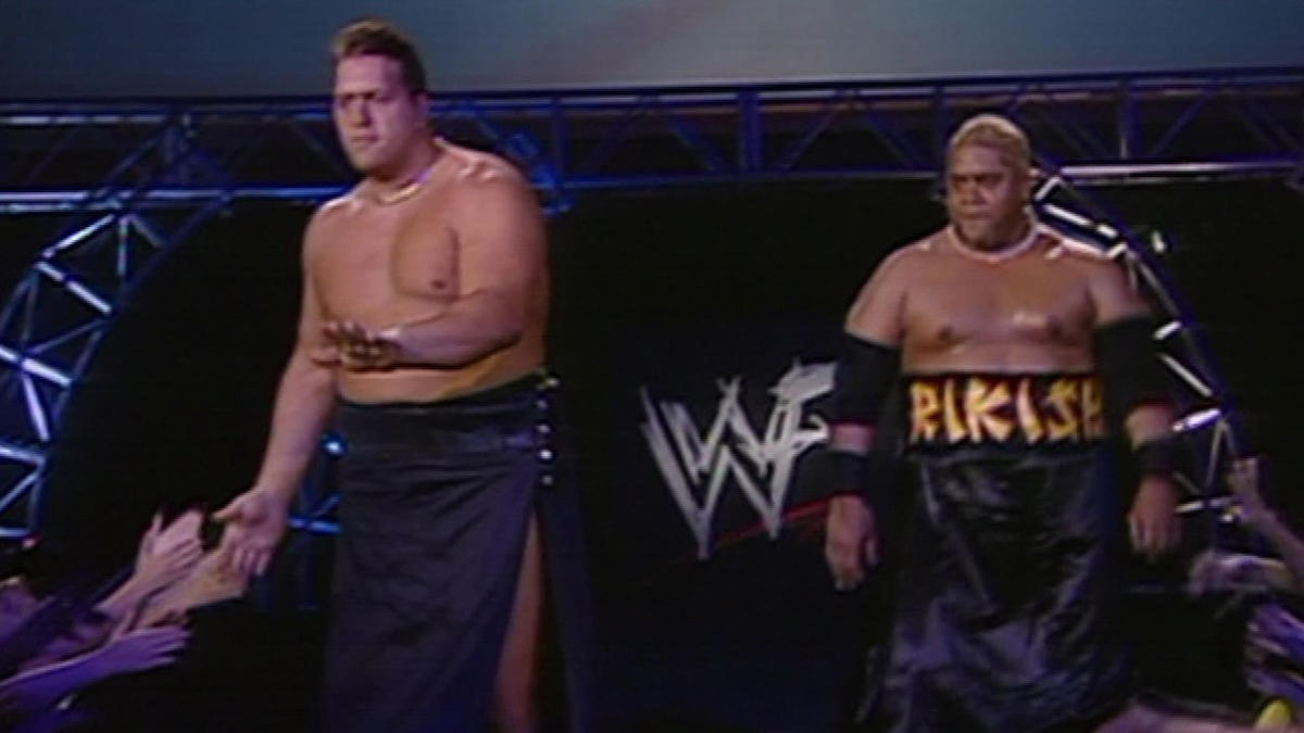 While teaming with Rikishi, Big Show becomes Showkishi: InsurreXtion 2000 |  WWE
