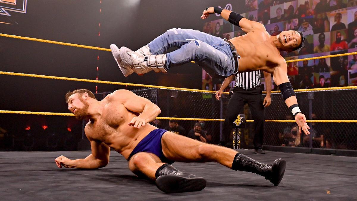 Kushida vs. Timothy Thatcher: WWE NXT, Nov. 25, 2020   WWE