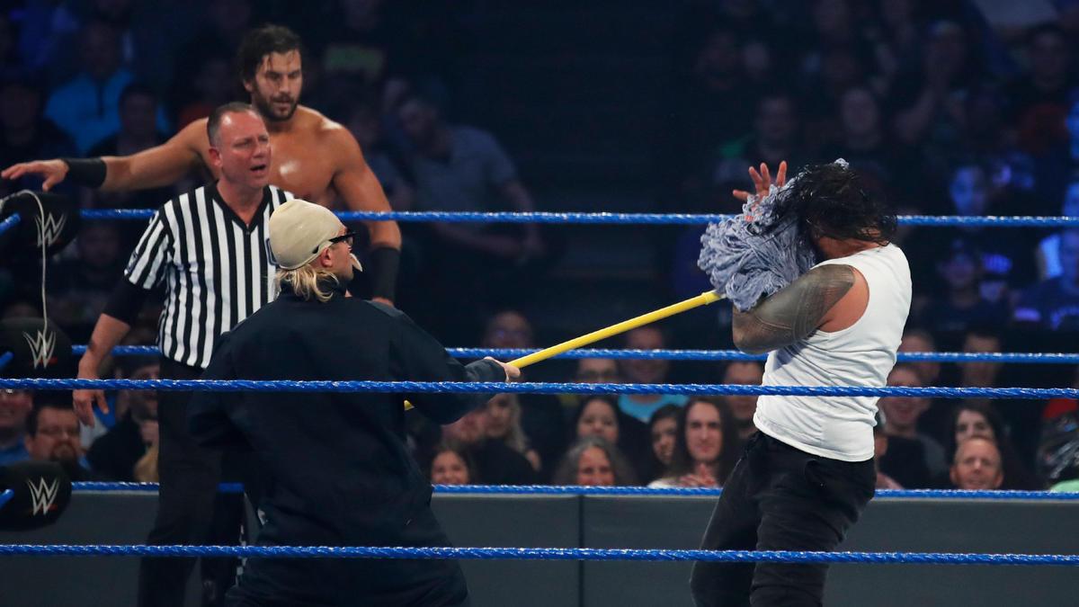SmackDown Tag Team Champions The Usos def. Breezango | WWE