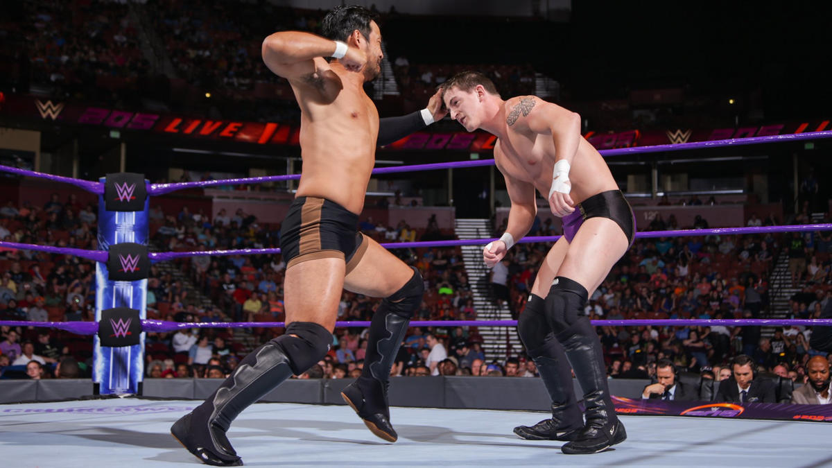 hideo itami def trent newman wwe
