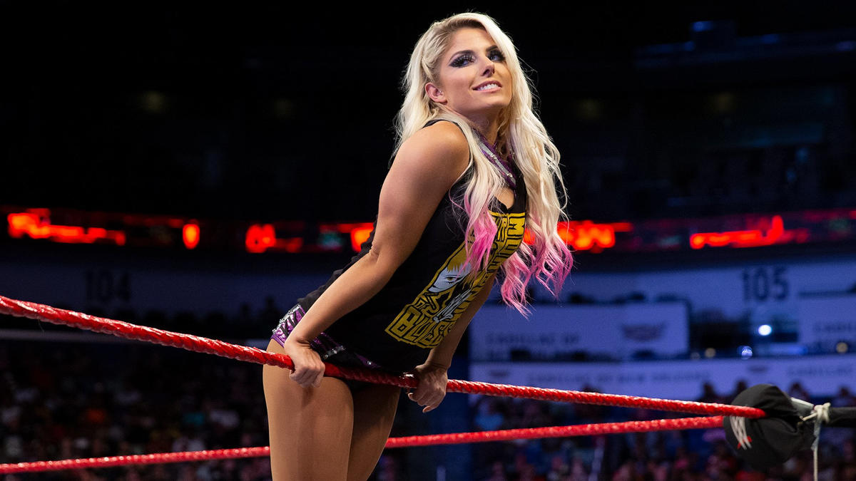 Podcaster Compare Alexa Bliss' Wrestling Skills With S*x, WWE Stars Respond 1