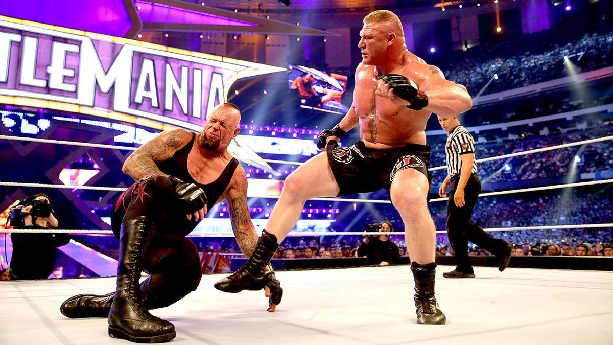 The Undertaker vs. Brock Lesnar: photos