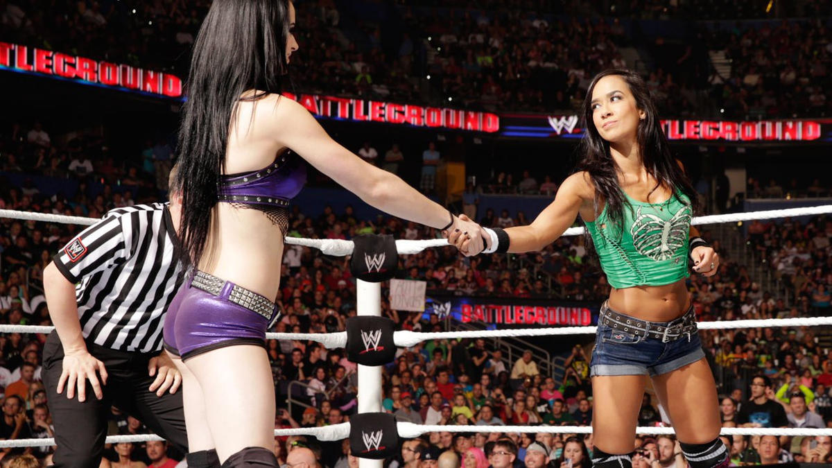 Paige vs aj lee