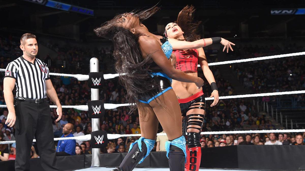 Naomi & Tamina vs. Alicia Fox & Brie Bella: SmackDown ... | 1200 x 675 jpeg 106kB