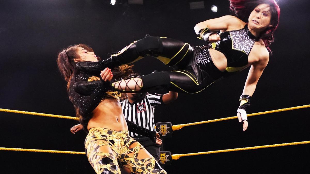 Io Shirai e Candice LeRae são qualificadas para a Women's Ladder Match do NXT