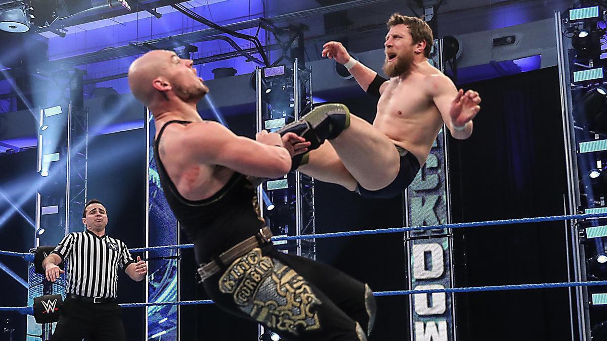 Grandes atrações confirmadas para o próximo SmackDown