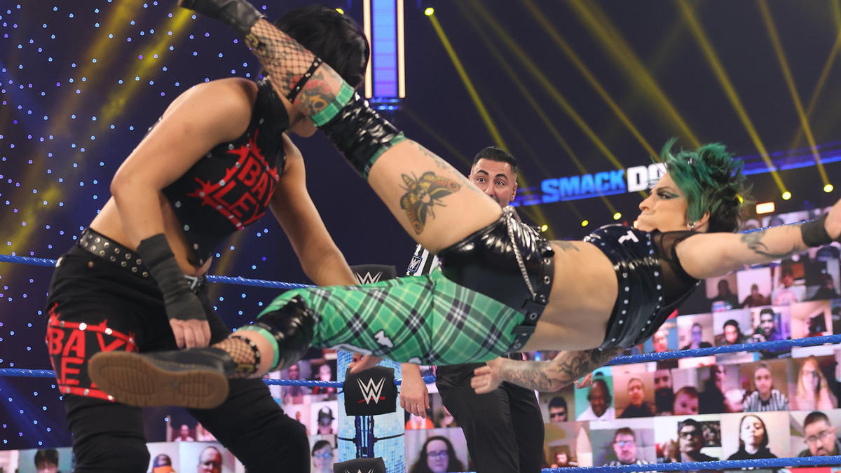 WWE Smackdown Results (05/02/21): Edge-Bianca Belair Appear 1