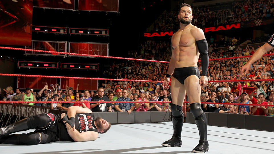 Уход, возвращения, дебют на RAW