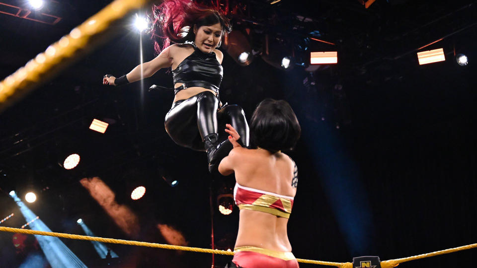 Evento principal do WWE NXT foi superior ao do AEW Dynamite nas audiências