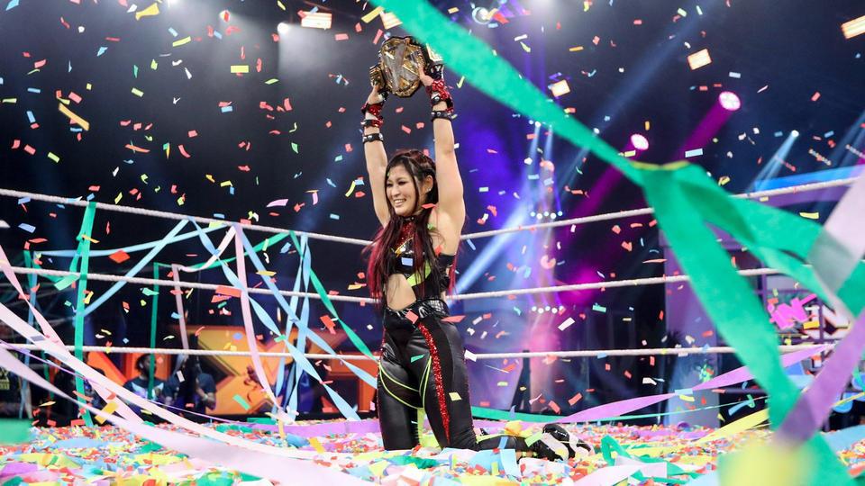 Io Shirai conquista o NXT Women's Championship