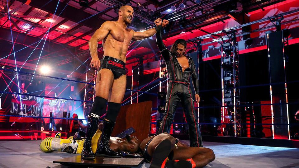 """""""New Day vs. Cesaro e Shinsuke Nakamura"""" deverá ser uma Tables Match no Extreme Rules"""