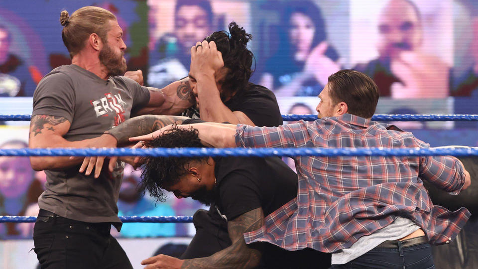 WWE Smackdown Results (12/03/21): Edge Appears; Contract Signing; Tag Team Match 6