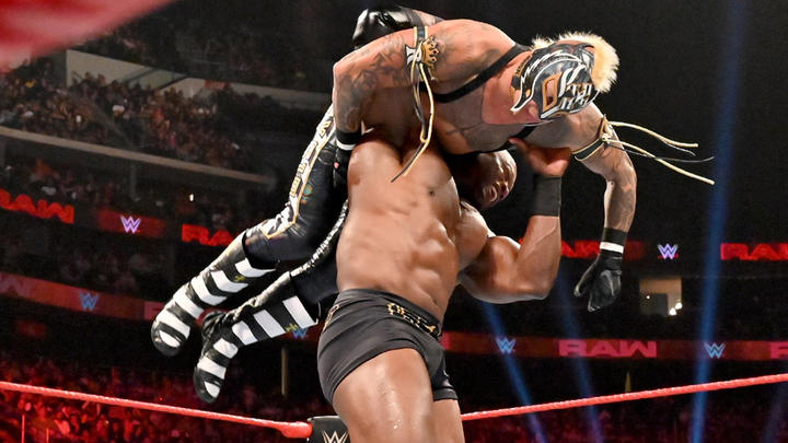 WWE Raw: July 8, 2019 | WWE