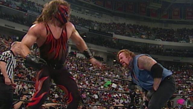 Resultado de imagem para The Undertaker vs. Kane - SummerSlam 2000