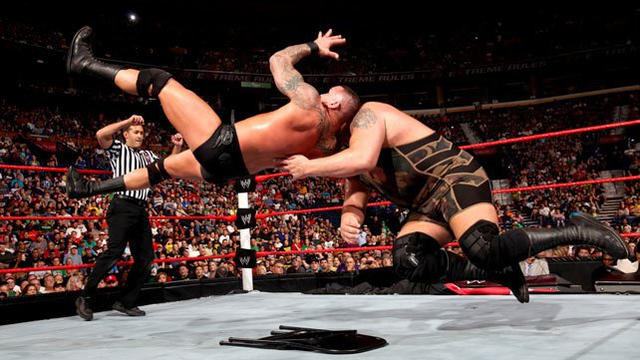 Randy Orton def. Big Show (Extreme Rules Match)