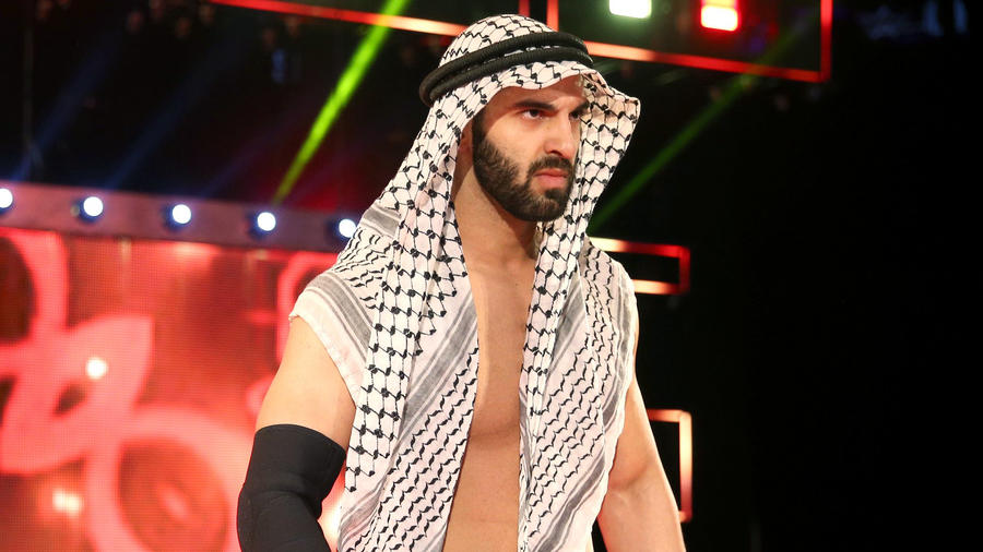 Who has the best headwear in wrestling??? Ariya_Daivari_bio--55a39d018312067ee327e0258fc09437