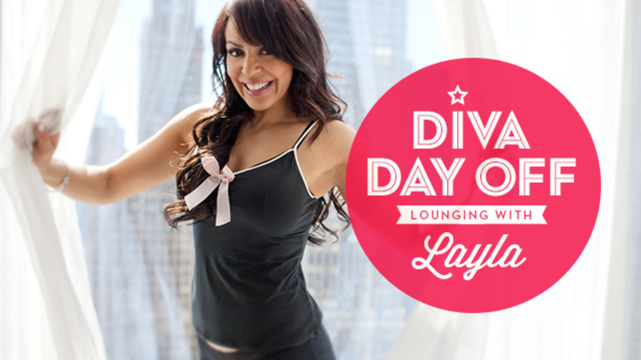 Diva Day Off Lounging With Layla Photos Wwe
