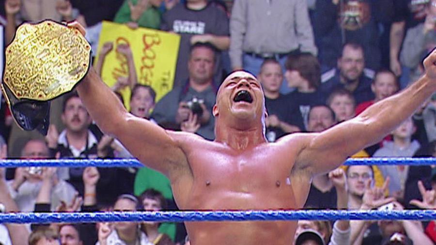 Resultado de imagem para 20 man battle royal smackdown january 2006