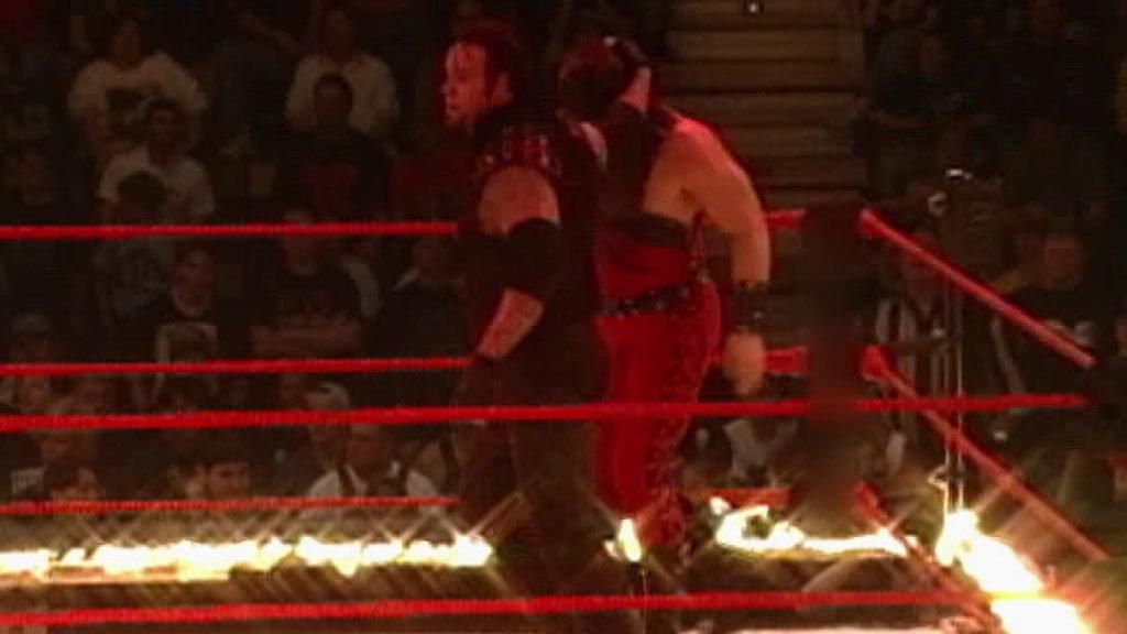 Undertaker Vs Kane Inferno Match