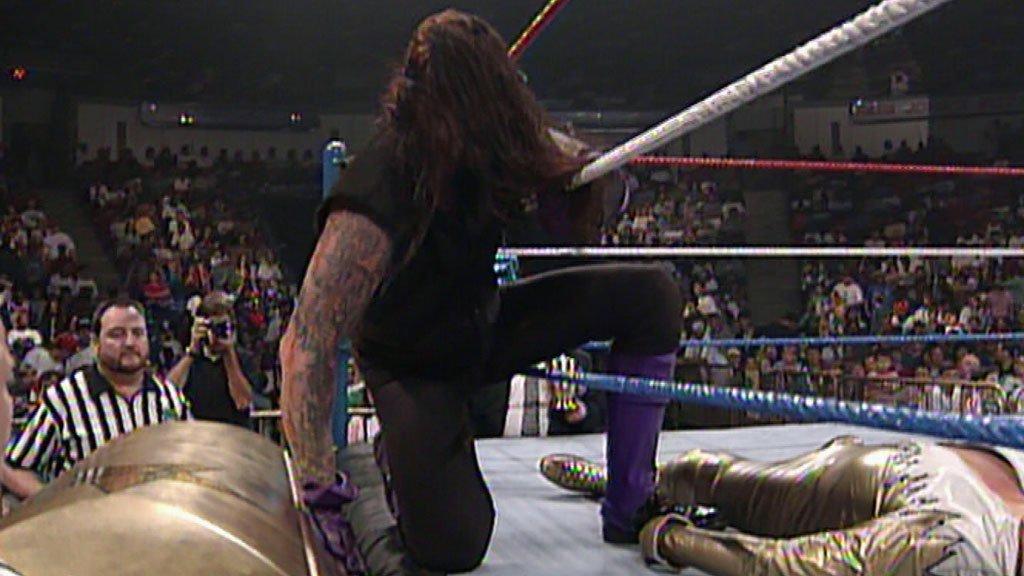 5 Superstars qui ont battu The Undertaker