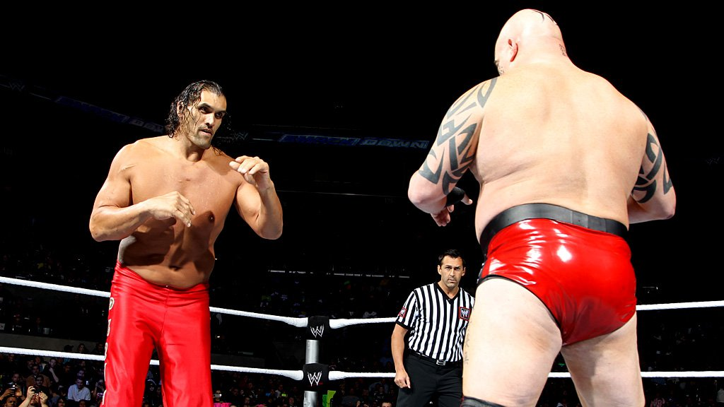 SmackDown 700 Results: Del Rio dished out tag team ... The Great Khali Vs Hornswoggle