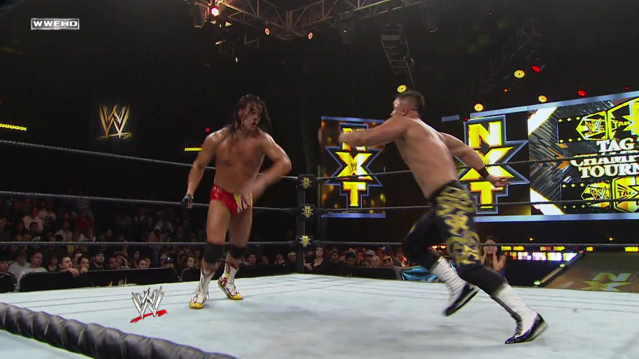 Michael McGillicutty & Bo Dallas vs. Epico & Primo: WWE NXT, January 30, 2013