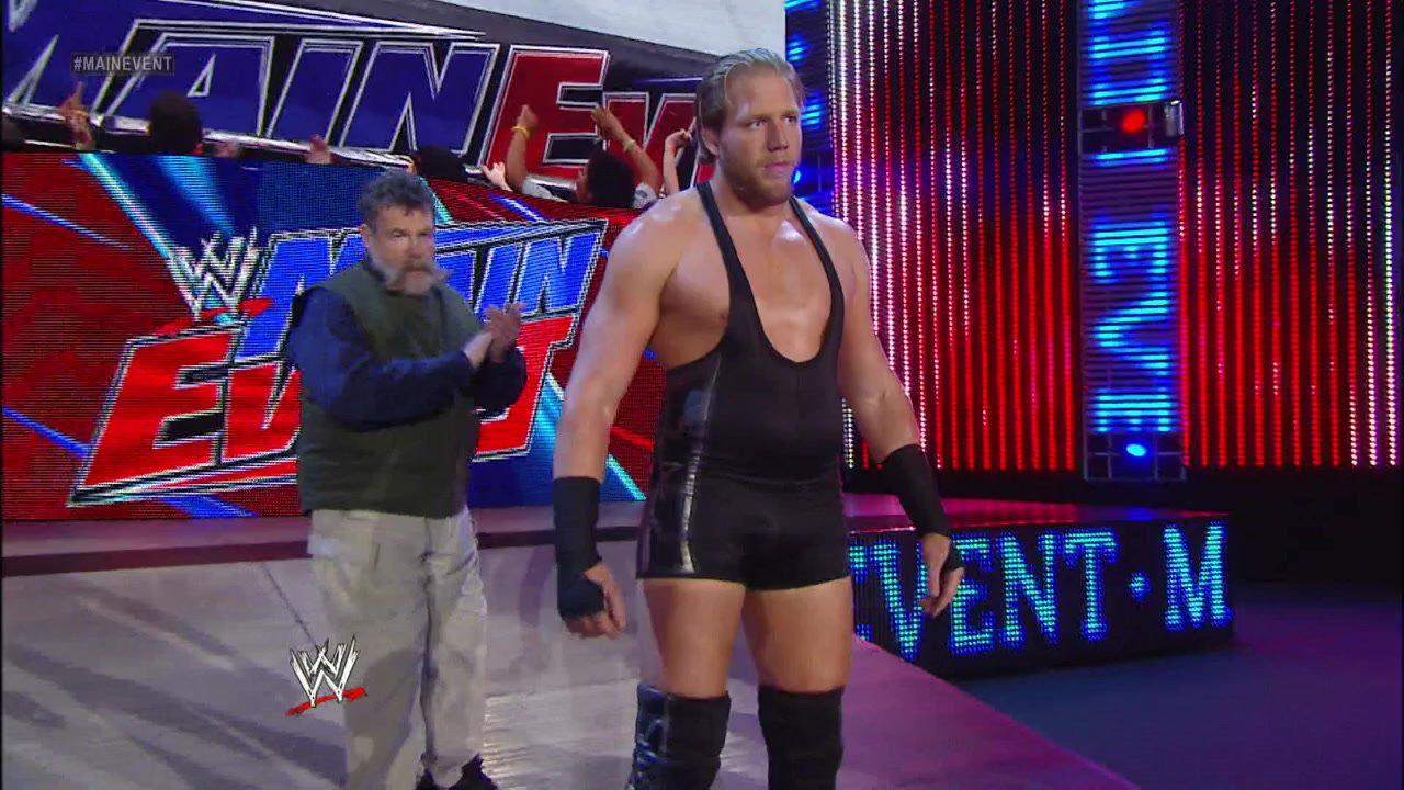 WWE Main Event highlights: March 13, 2013