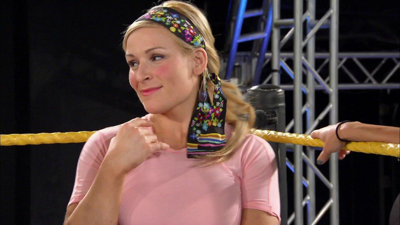 Natalya confesse quelque chose aux Divas: Total Divas, 1er septembre 2013