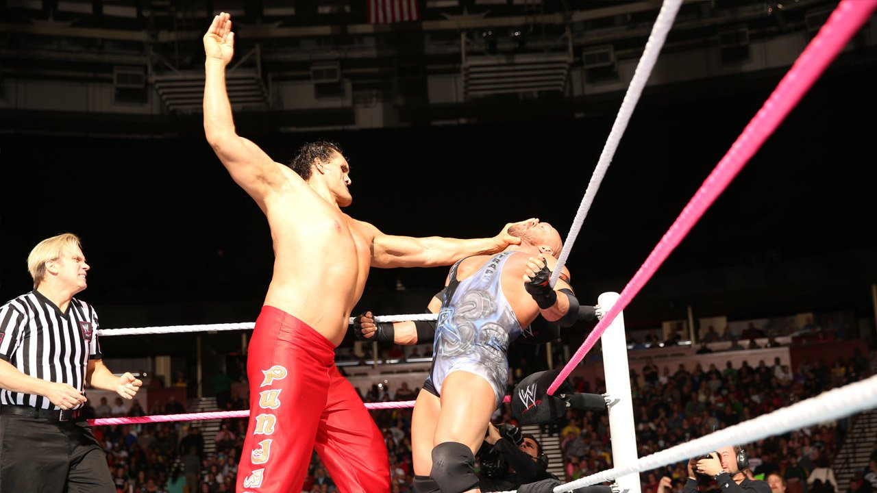 WWE Raw 11-04-2013 Full Results-Download-Watch Online ... The Great Khali Vs Hornswoggle