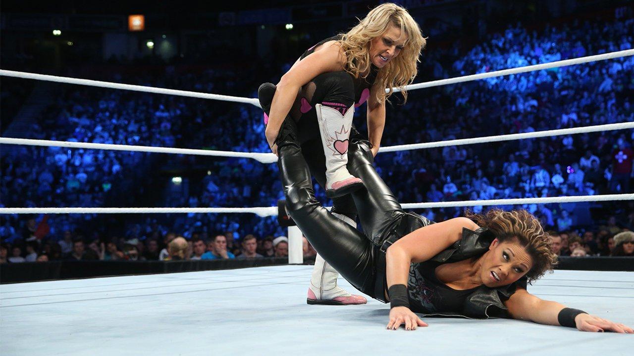 Natalya vs. Tamina Snuka: SmackDown, 15 novembre 2013
