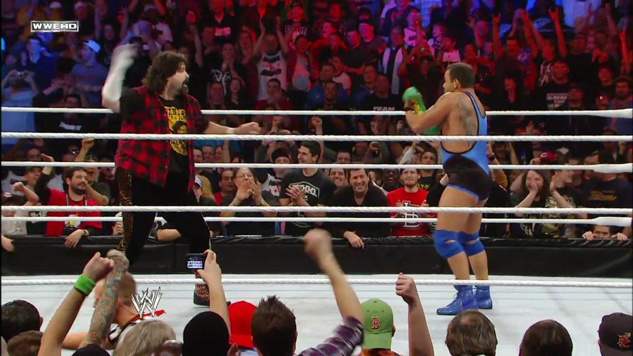 Les moments les plus mémorables de Santino Marella: WWE Top 10