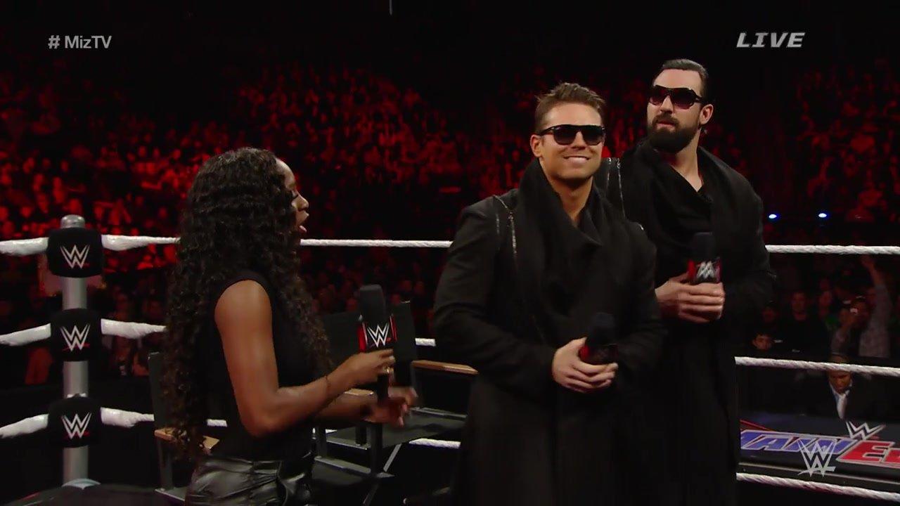 """""""Miz TV"""" avec Naomi pour invitée: WWE Main Event, 16 décembre 2014"""