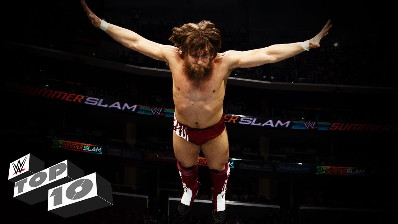 Prises défiant la gravité: WWE Top 10, 11 avril 2015