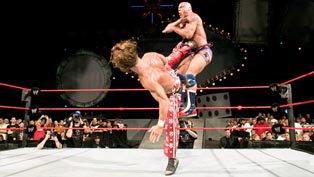 Resultado de imagem para kurt angle vs shawn michaels vengeance 2005