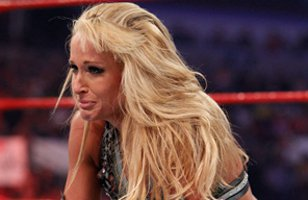 Kharma attacked Michelle McCool at Extreme Rules
